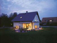 Haus-Biermann-erleuchtet-2